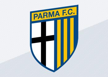 Nuevas camisetas de Parma | Foto Errea