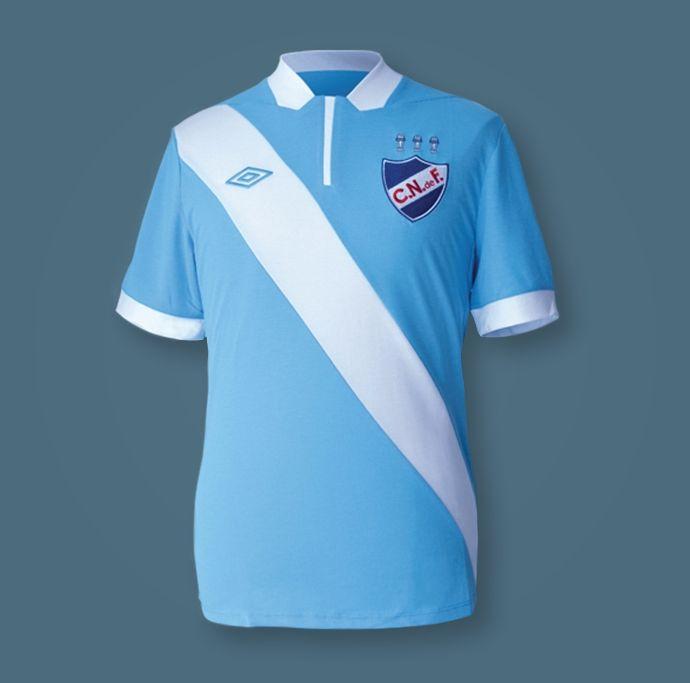 La camiseta celeste de Nacional de Uruguay | Foto Facebook Umbro