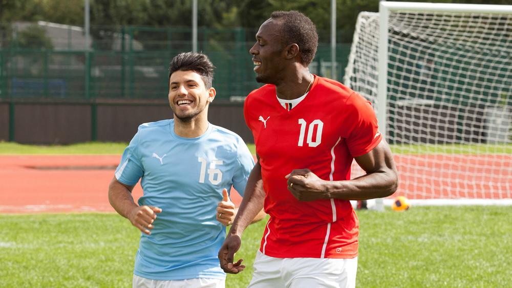 Kun Agüero entrenando con Usain Bolt