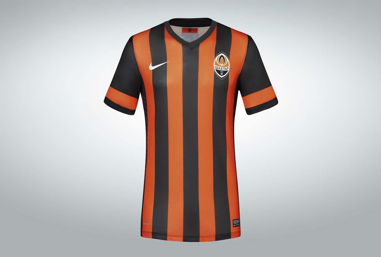 Camiseta titular Shakhtar Donetsk   Foto Nike