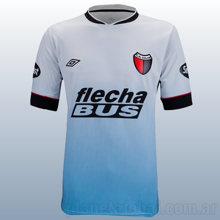 Camiseta alternativa de Colon | Foto Umbro