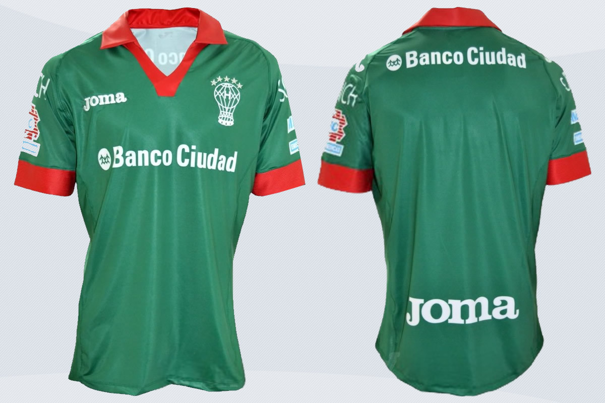 Camiseta alternativa verde de Huracán | Foto Aral Sports