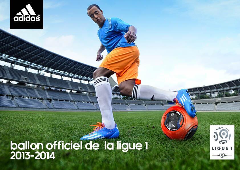 Lucas con el nuevo balón | Foto Adidas