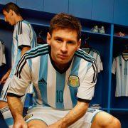 Messi con la nueva casaca de la seleccion | Foto Adidas
