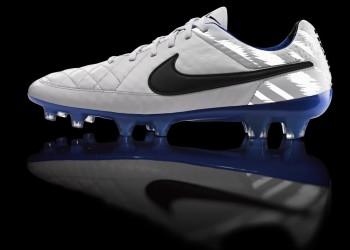 Tiempo Legend reflectivo | Foto Nike