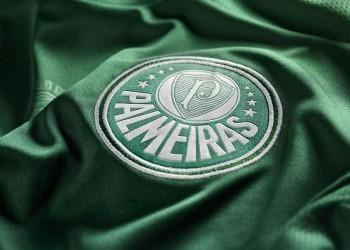 Escudo en la camiseta del centenario | Foto web Palmeiras