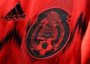 Detalle del escudo en la nueva camiseta | Foto Adidas