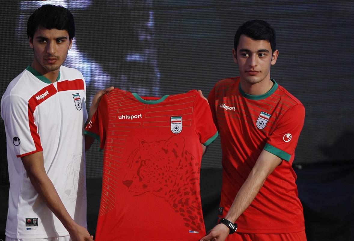Irán presentó sus nuevas camisetas Uhlsport | Foto IRNA