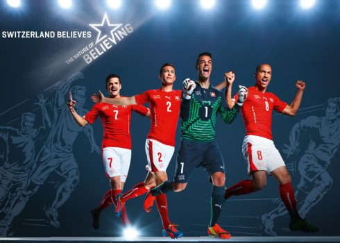 La nueva camiseta de Suiza   Foto Web Oficial