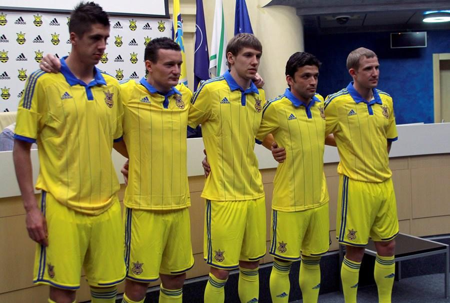 Fue presentada la nueva camiseta de Ucrania | Foto web Dinamo Kiev
