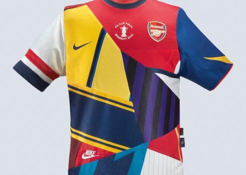 Nike se despide de Arsenal con una camiseta conmemorativa   Foto Nike