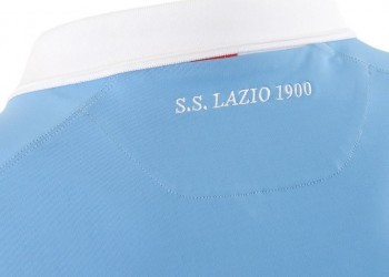 Asi luce la nueva casaca de la Lazio | Foto Macron