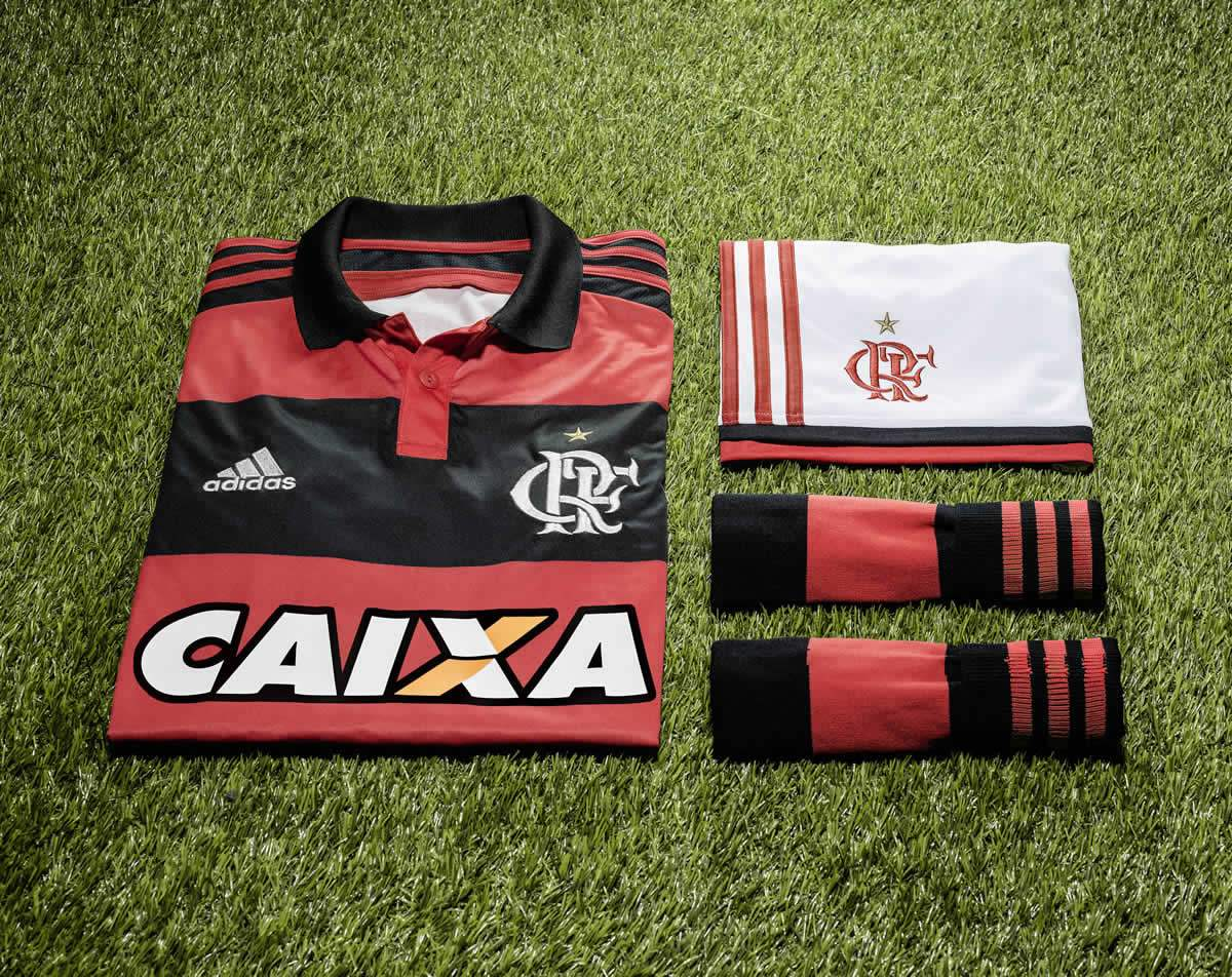 Nueva camiseta titular de Flamengo | Foto Adidas