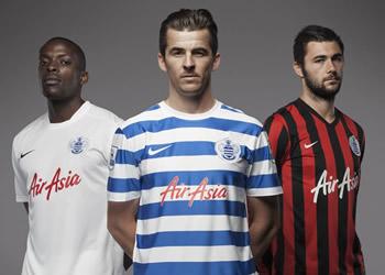 Onuoha, Barton y Austin con las tres camisetas | Foto Nike