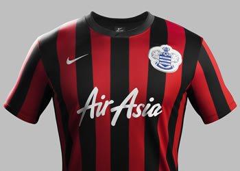 Camiseta suplente QPR | Foto Nike