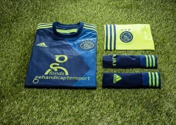 Camiseta suplente Adidas del Ajax | Foto Facebook Oficial