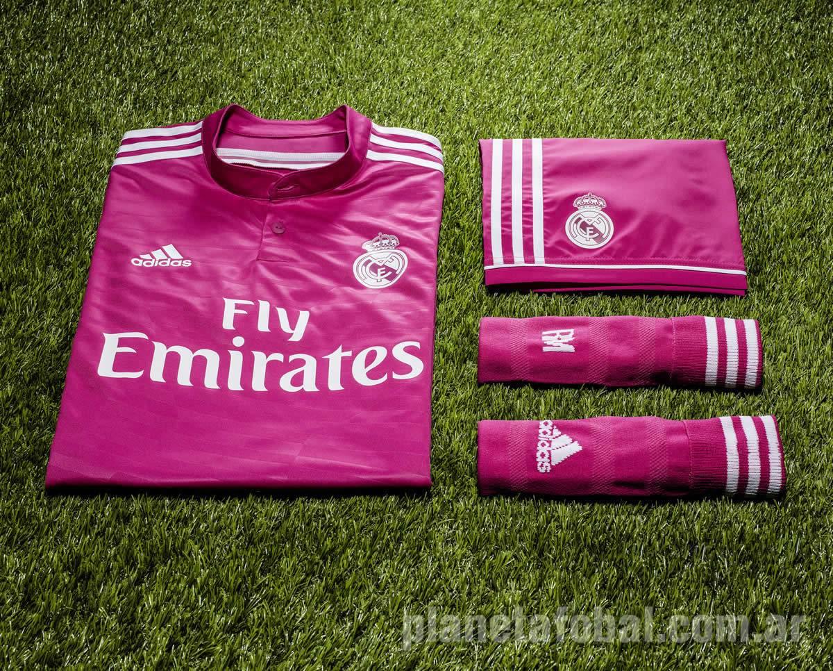e56369127a1aa Camiseta rosada Adidas de Real Madrid 2014 15