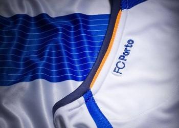 Nueva camiseta titular de Porto | Foto Warrior