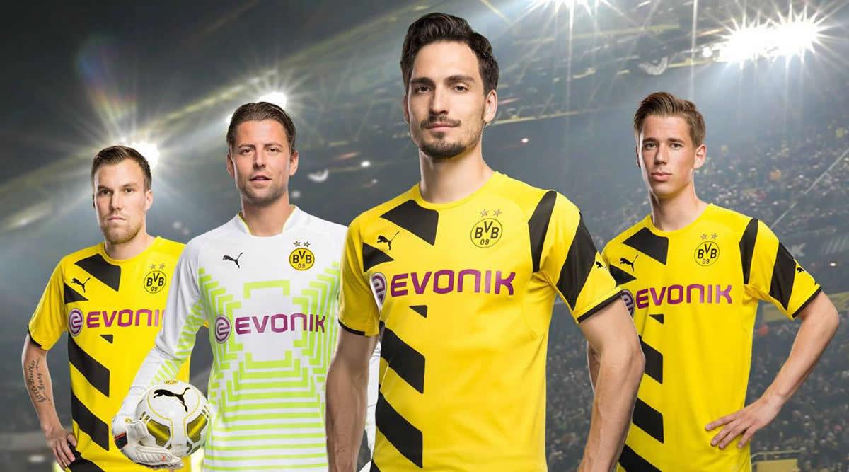 Varios jugadores del Borussia con la casaca | Foto Web Oficial