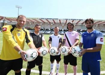 Nuevas camisetas Lotto del Cesena | Foto Web Oficial