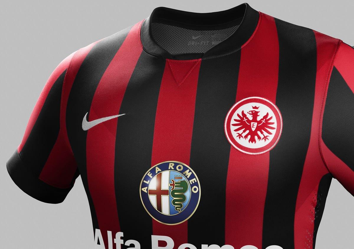 Asi luce la camiseta titular de Eintracht Frankfurt | Foto Nike