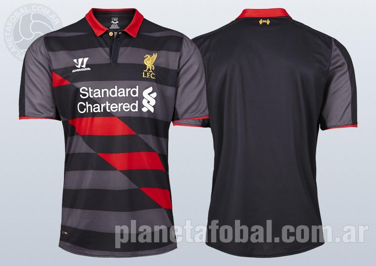 La tercera camiseta del Liverpool para 2014/15   Imágenes Web Oficial