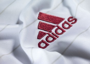 Camiseta suplente del Milan | Foto Adidas