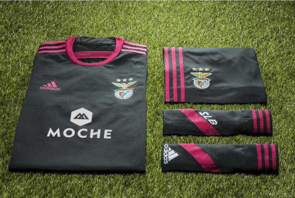 Así luce la nueva camiseta suplente de Benfica | Foto Mais Futebol