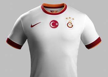 Nueva camiseta suplente de Galatasaray | Foto Nike