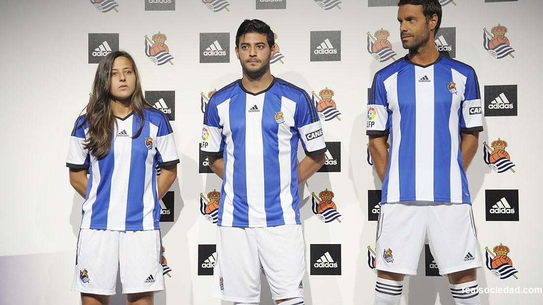 La nueva camiseta titular de la Real Sociedad | Foto Web Oficial