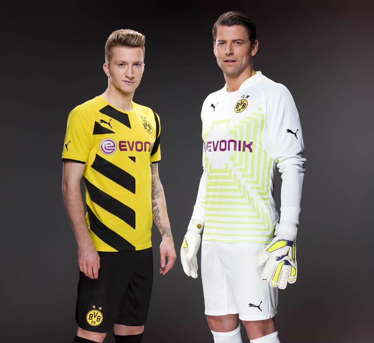 Reus y Weidenfeller posan con las casacas | Foto Puma
