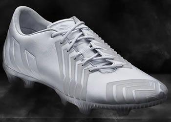 Botines Predator Instinct en su versión White/Black | Foto Adidas