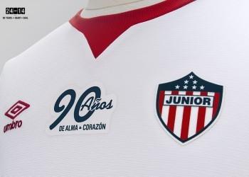 Camiseta especial de Junior | Foto Umbro
