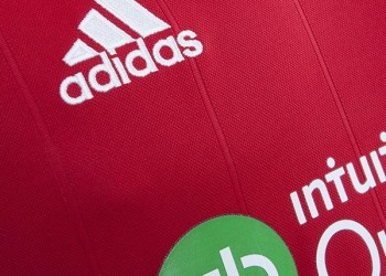 Camiseta suplente del West Bromwich Albion | Foto Web Oficial