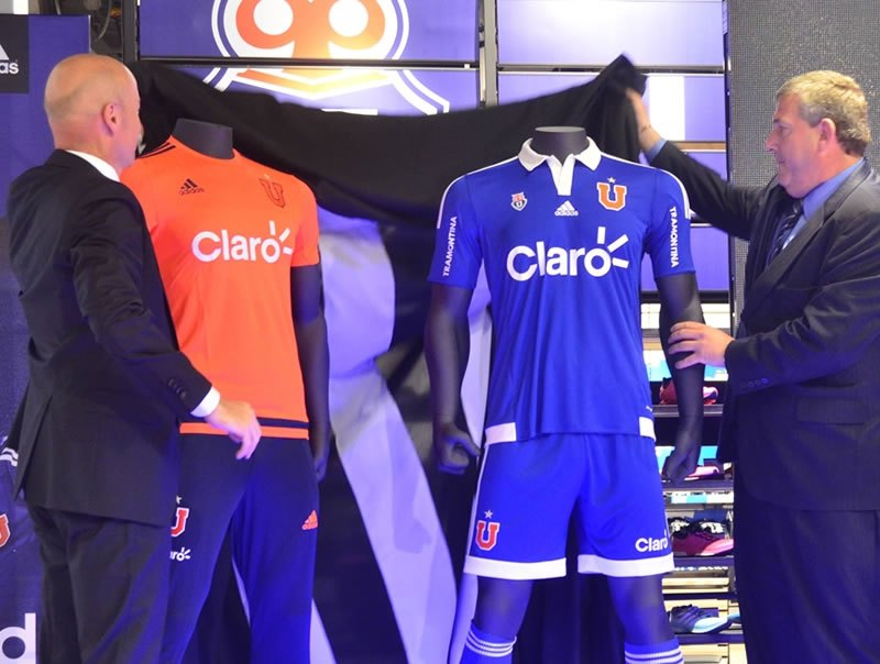 La casaca fue presentada en una tienda de Adidas | Foto Web Oficial