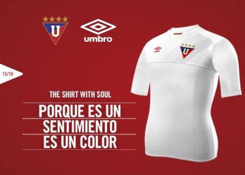 Camiseta titular de la Liga de Quito | Foto Umbro