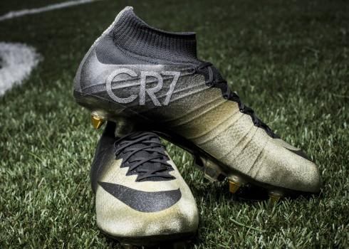 Los Mercurial CR7 Rare Gold   Foto Nike