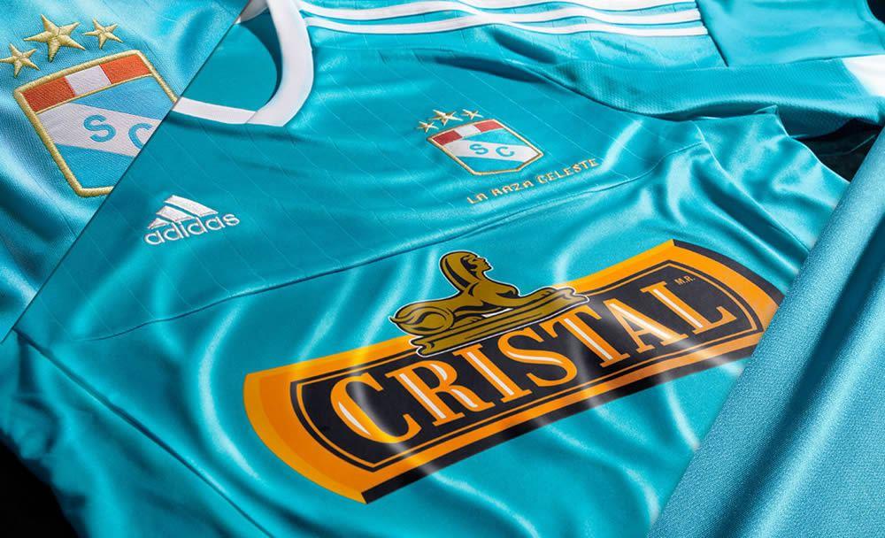 Nueva casaca del Sporting Cristal | Imágenes Adidas