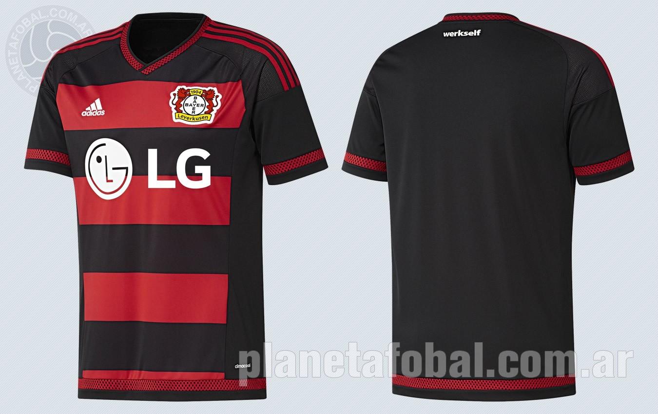 Nueva camiseta titular del Bayer 04 | Imágenes Web Oficial