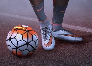 Neymar Jr con la nueva generación de los Hypervenom   Foto Nike