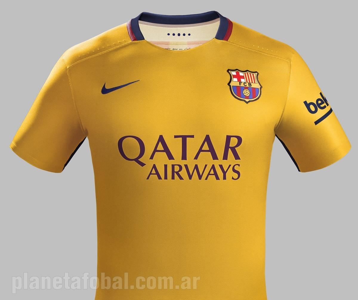 Camiseta suplente Nike del Barcelona 2015 16 a992703c614