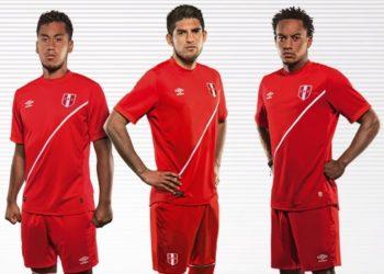 Nueva camiseta suplente de Perú   Foto Umbro