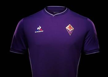 Camiseta titular de la Fiorentina para 2015/2016 | Foto Le Coq Sportif