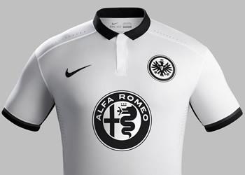 Camiseta suplente Eintracht Frankfurt 2015/2016   Foto Nike
