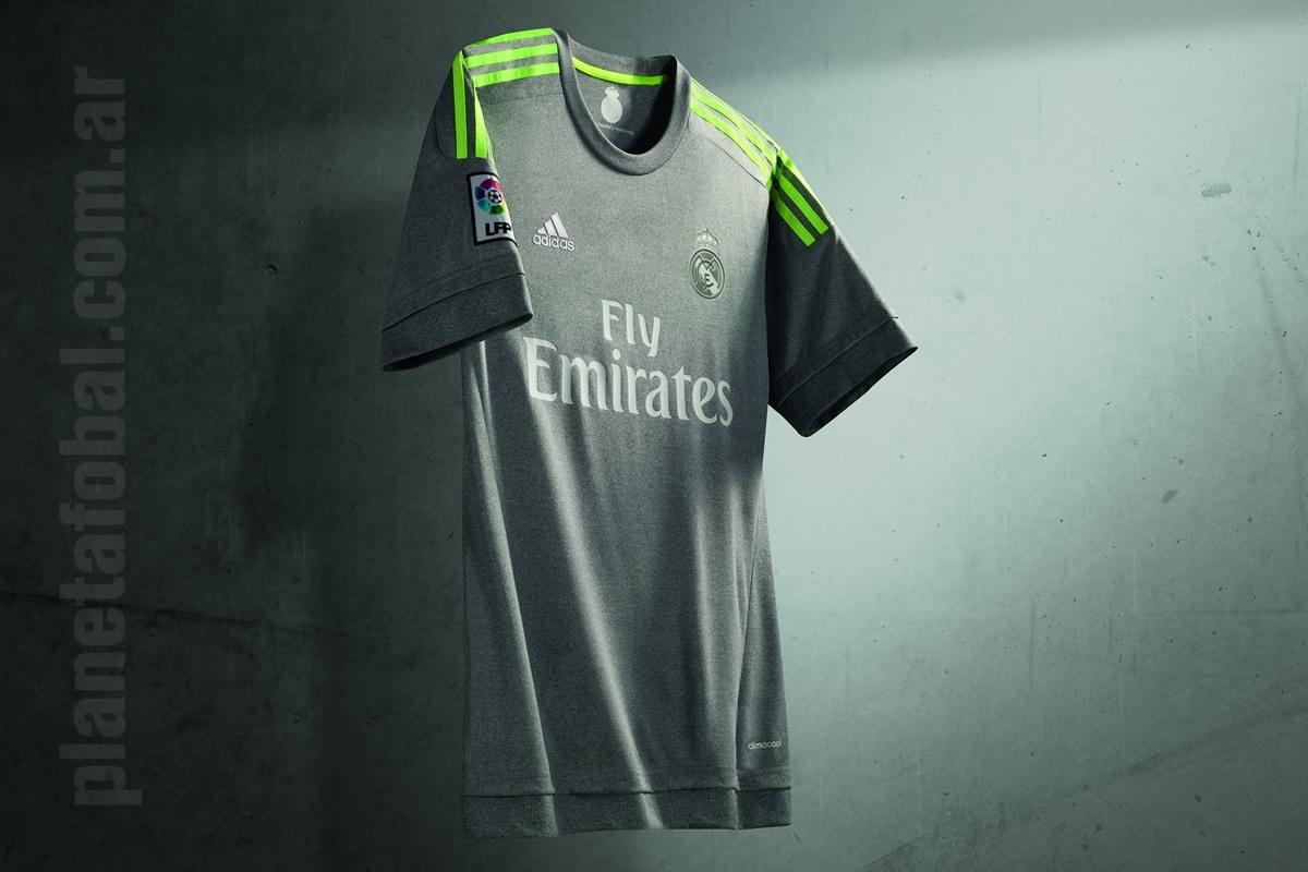 Nueva camiseta suplente del Real Madrid | Foto web oficial
