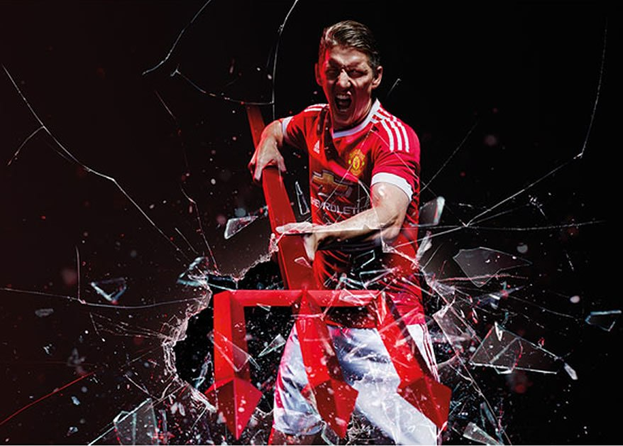Bastian Schweinsteiger con la nueva casaca | Foto Adidas