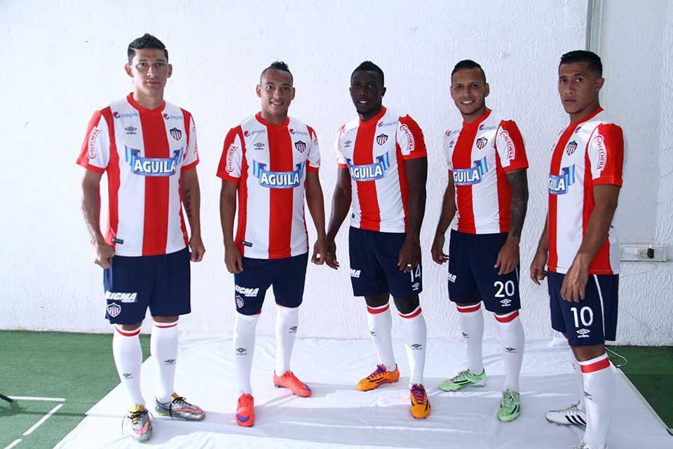 Nueva camiseta titular Junior de Barranquilla para 2015/2016 | Foto web oficial
