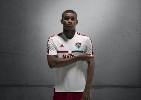 Casaca suplente del Fluminense   Foto Adidas