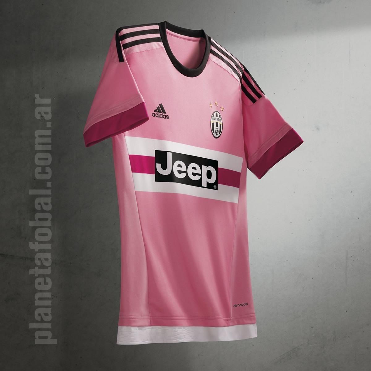 Camiseta suplente de la Juventus | Foto Adidas