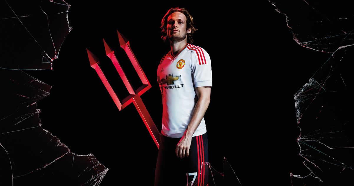 Blind con la casaca suplente del United | Foto Adidas